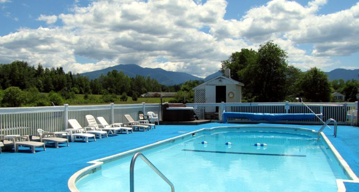 Gale River Motel pool